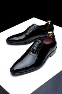 キレイな黒革靴